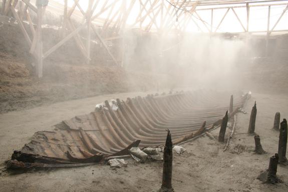 yenikapıdaki gemi kalıntıları gemi yapım tarihini aydınlatıyor