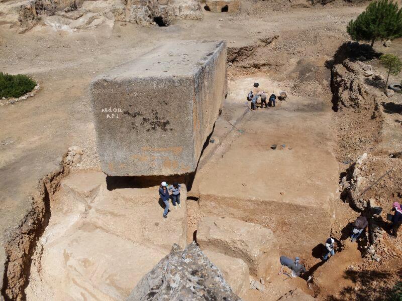 antik dünya taş bloğu baalbek