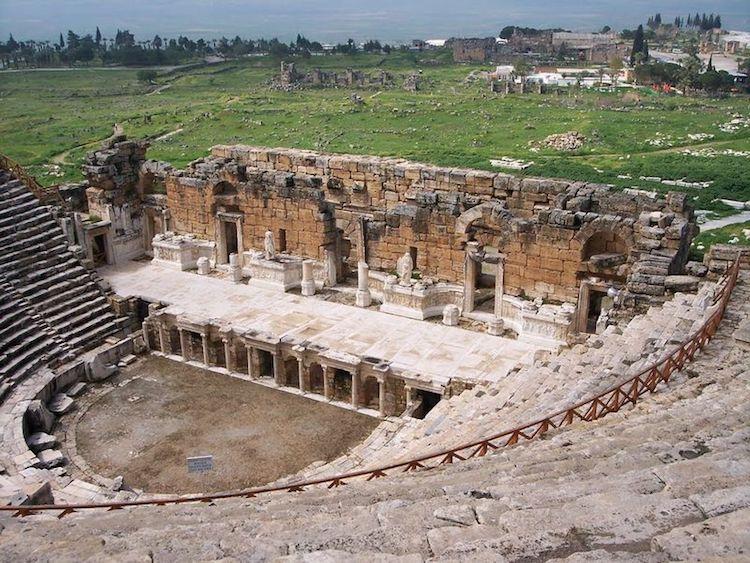 Hierapolis Tiyatrosu (Gravür: T.Allom) (Denizli)