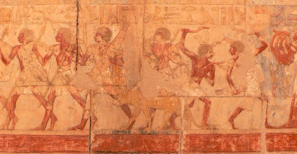 Mısır'ın İlk Kadın Firavunu Tarihten Silinmeye Çalışılmış