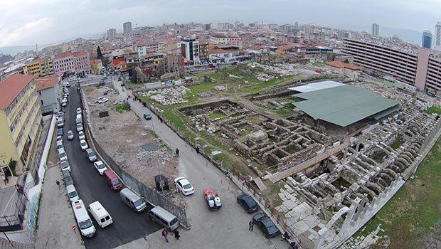 smyrna agorasının sınırları genişledi