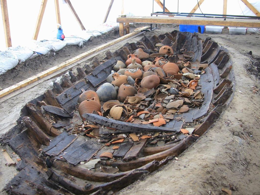 marmaray kazısı batıkları sergiye hazırlanıyor