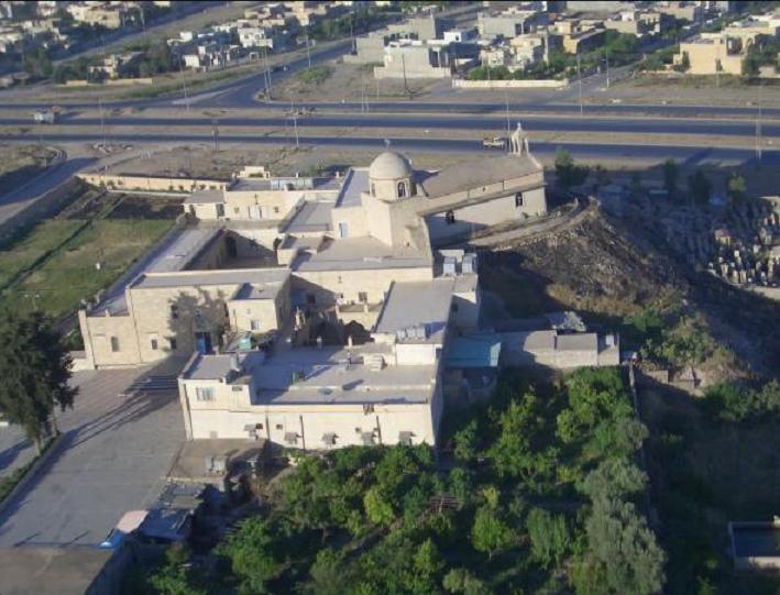 ışid ırak'ta assur kilisesini patlattı