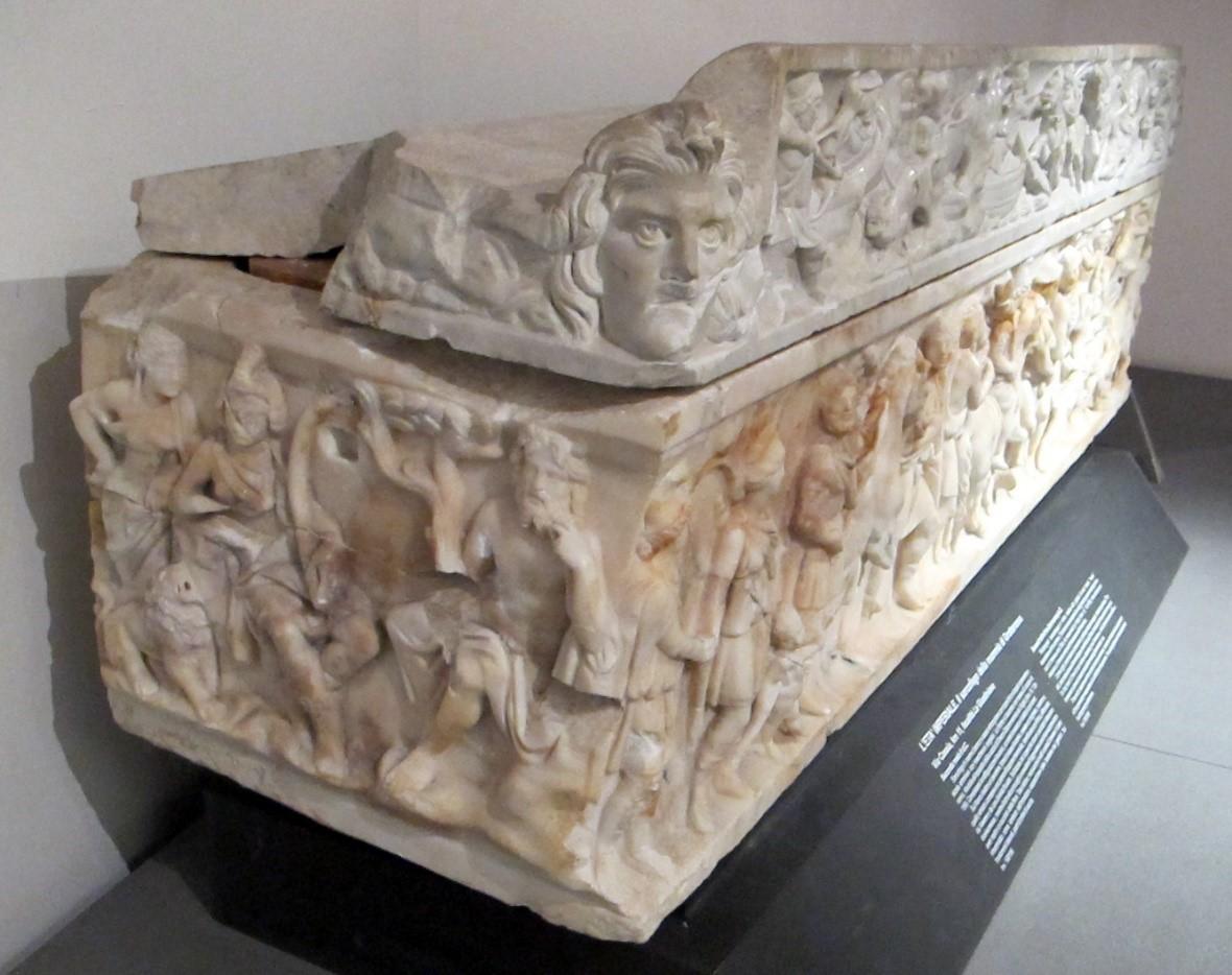 Grottarossa mumyasının lahdi