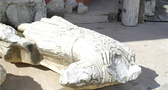 imparator heykelinin başı sergilenmeye hazırlanıyor