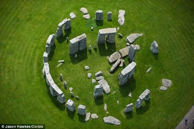 stonehenge sütun yeni teori