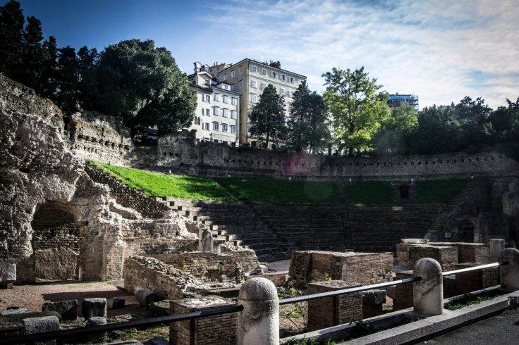 İtalya Trieste'de Roma döneminin bilinen en eski kale yapısı bulundu.
