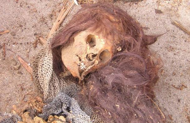şili'de kolomb öncesi insanlar sudan zehirlenerek ölüyordu