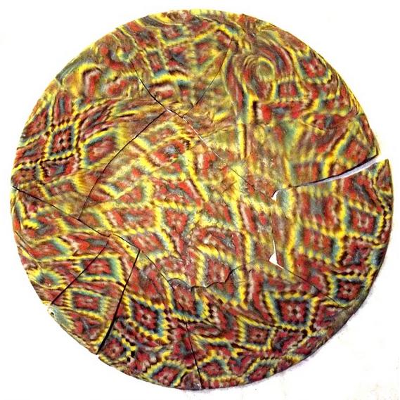 İngiltere'de Roma Dönemi'ne Ait Sıradışı Mozaik Cam Tabak Bulundu