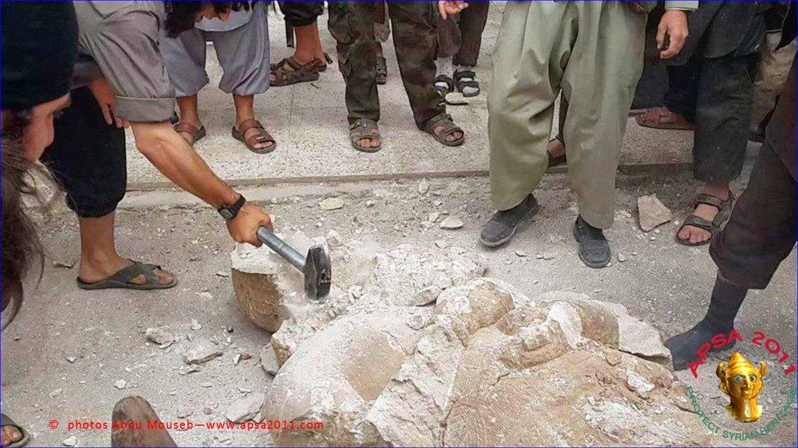 Işid arkeoloji bölümlerini kapattı