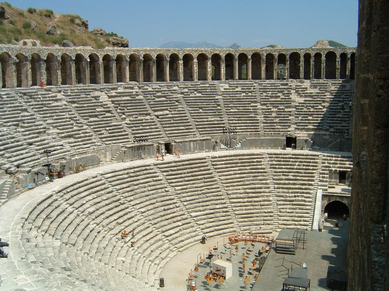 Aspendos Antik Kenti UNESCO'nun Kalıcı Listesine Başvuruyor