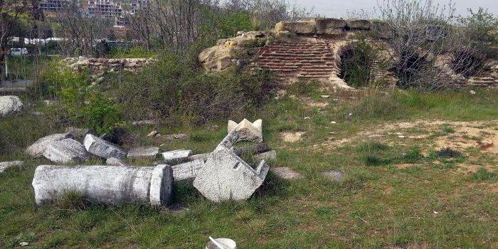 izmit bağçeşme'de roma mezarlığı yok oluyor