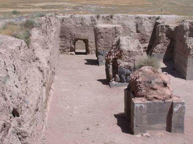 Urartuların Ayanis Kalesi'nde Kazılar Sürüyor