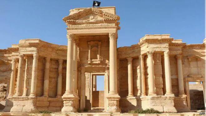 Suriye hükümeti yetkilileri, IŞİD'in Palmyra antik kentinin bakımından sorumlu arkeolog Halid Esad'ı öldürdüğünü açıkladı.