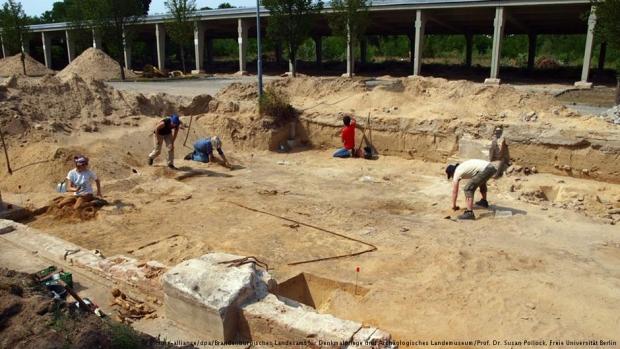 Almanya'da 100 Yıllık Cami Kalıntıları Bulundu