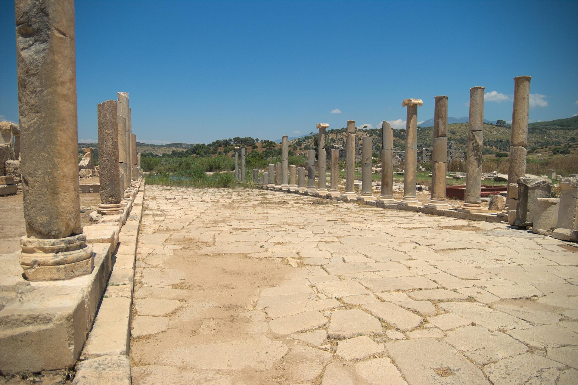 Patara Antik Kenti'nde Kazılar Sürüyor