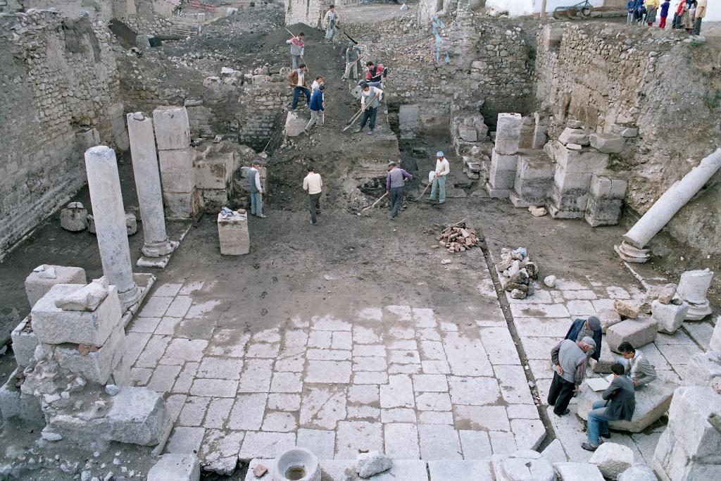Tokat'taki Sebastapolis Antik Kenti'nde Kazılar Başladı