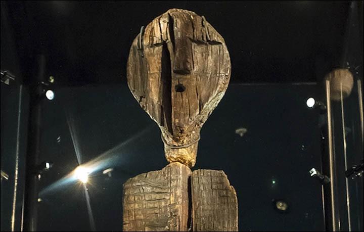 Dünyanın En Eski Ahşap Heykeli Shigir İdolü