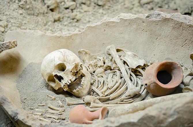 yamyamlık - insan yiyen insanların tarihi