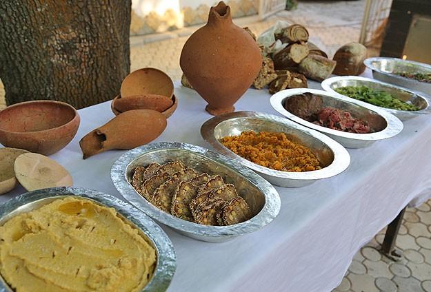 Çorum'da Bulunan Alacahöyük'te 4000 Yıllık Hitit Yemekleri Pişirildi