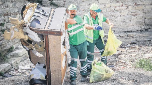 İstanbul'un Çöplüğe Dönen Tarihi Surları Sonunda Temizleniyor
