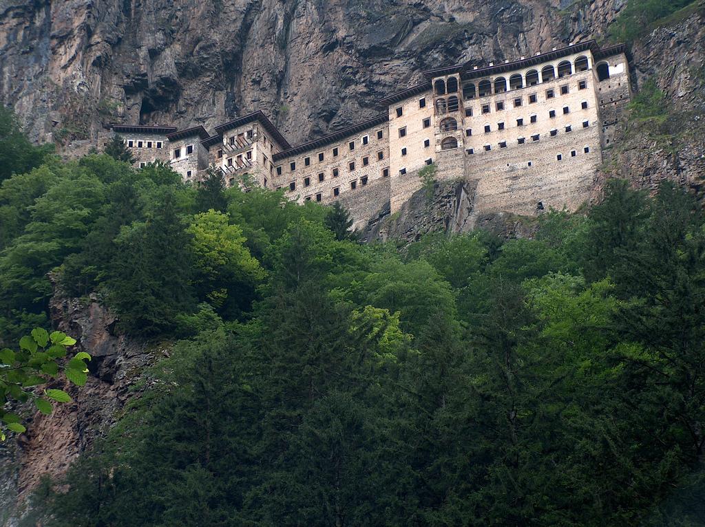 Trabzon Sümela Manastırı 1 Yıl Boyunca Ziyarete Kapatılıyor