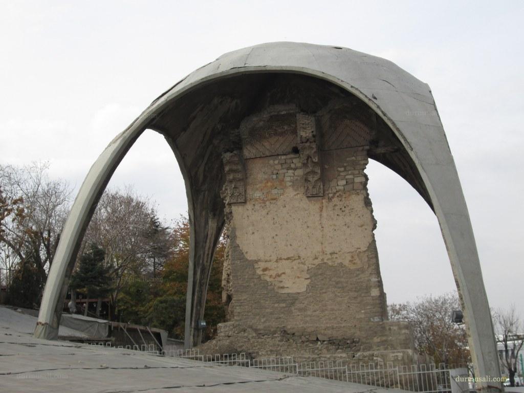Konya'da Selçuklu Köşkü Gün Yüzüne Çıkıyor
