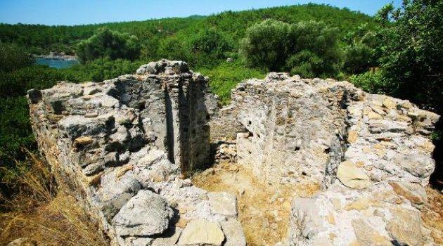 Bodrum'da İmara Açılmak İstenen 1600 Yıllık Kilise Tahrip Ediliyor