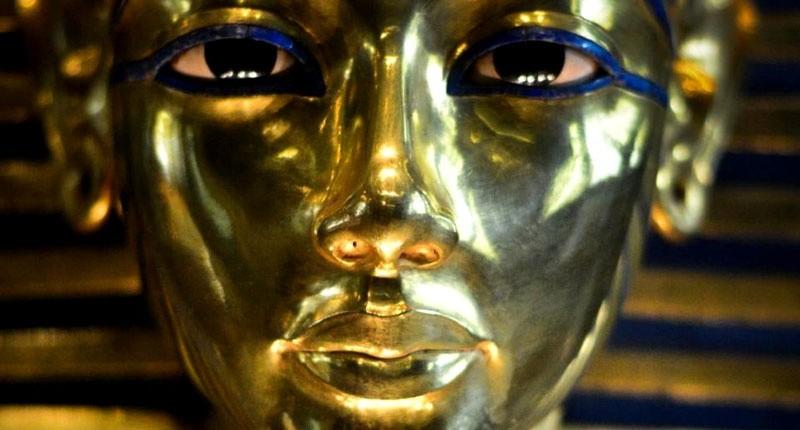 Mısır, Cairo Müzesi'nde yer alan, M.Ö. 1334-1324 yılları arasında Mısır'a hükmeden Firavun Tutankamon'un maskesi. Fotoğraf: AFP/Mohamed El-Shahed