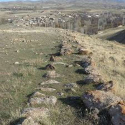 İran'daki Erdebil'de Tarihöncesi Mezarlar Bulundu