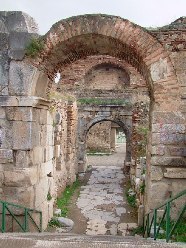 İznik'te 2000 Yıllık Kemer Restorasyon Sırasında Yıkıldı