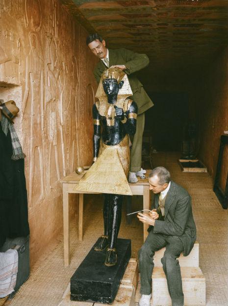 Renklendirilmiş 14 Fotoğrafla 1922 Yılında Tutankamon'un Keşfi