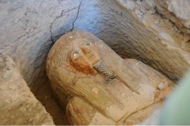 Mısır'da Tanrı Amun'un Başrahibinin 2,700 Yıllık Lahdi Keşfedildi