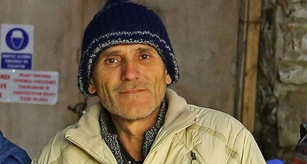 60 Liraya Çalışan İşçi Bulduğu Altın Sikkeleri Teslim Etti