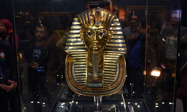 Tutankamun'un Maskesi Sakal Skandalından Sonra Tekrar Sergide