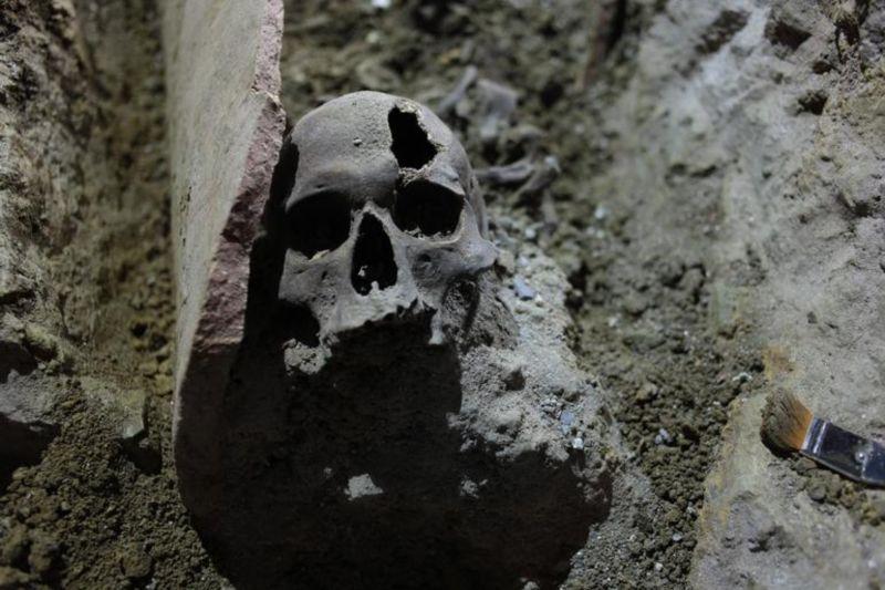 İstiklal Caddesi'nin Altı Roma Mezarlığı Çıktı