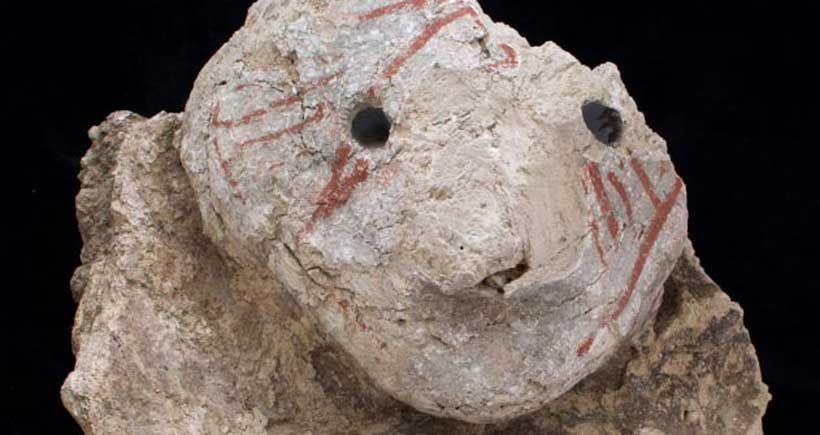 Çatalhöyük'te Obsidyen Gözlü Taştan Yapılmış Baş Bulundu