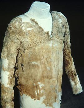 Tarkan elbisesi, MÖ. 2800 yılından kalma.