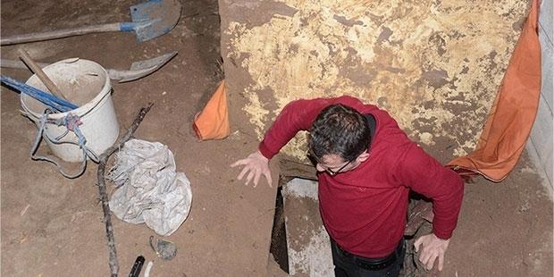 Konya'da Suçüstü Yakalanan Defineciler Patates Arıyoruz Dedi