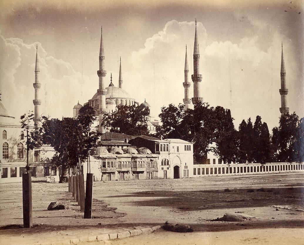 400 Yıllık Sultanahmet Camisi'nin Minaresi Yeniden Örülüyor