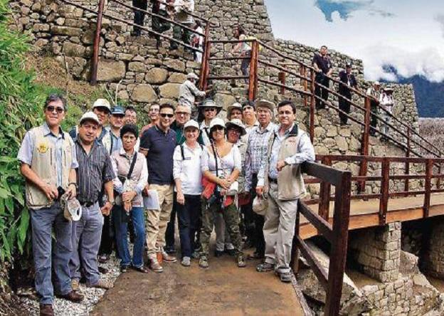 UNESCO ekibi Machu Picchu'da incelemeler gerçekleştirdi. (Fotoğraf: Andina)