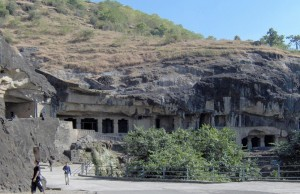 Hindistan'daki Antik Mağaraları Hint Kenevirinden Yapılan Sıva Korumuş