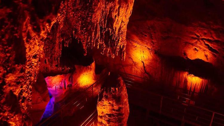 Muğla'da 8.000 Yıllık İncirliin Mağarası Ziyarete Açıldı