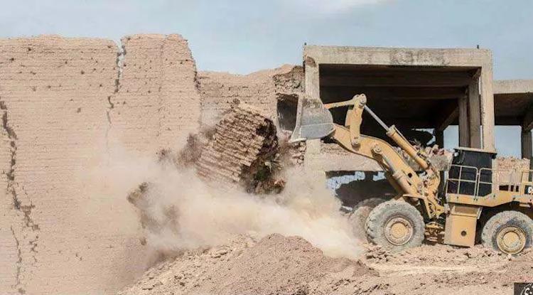 IŞİD Irak'taki Maşki Kapısı'nın Yıkım Görüntülerini Yayımlandı