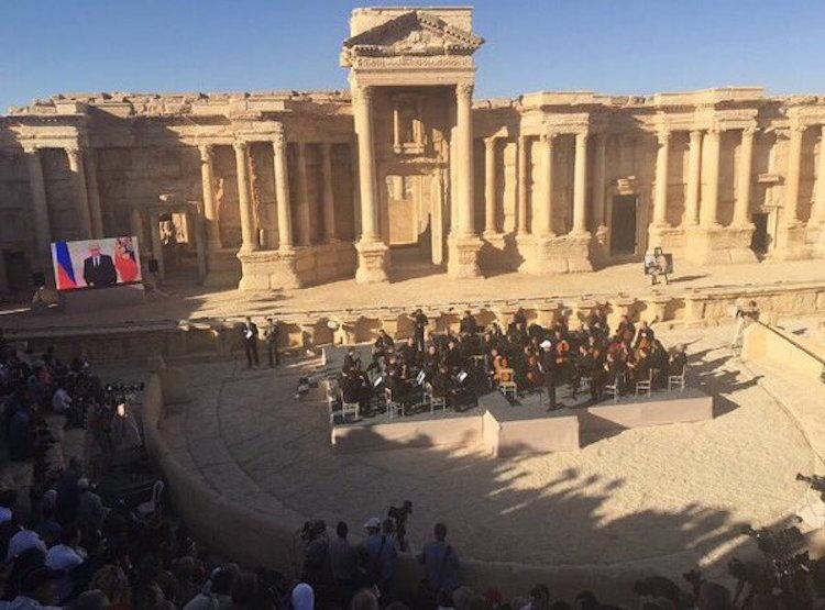 Palmira Antik Kenti'nde Klasik Müzik Konseri Verildi
