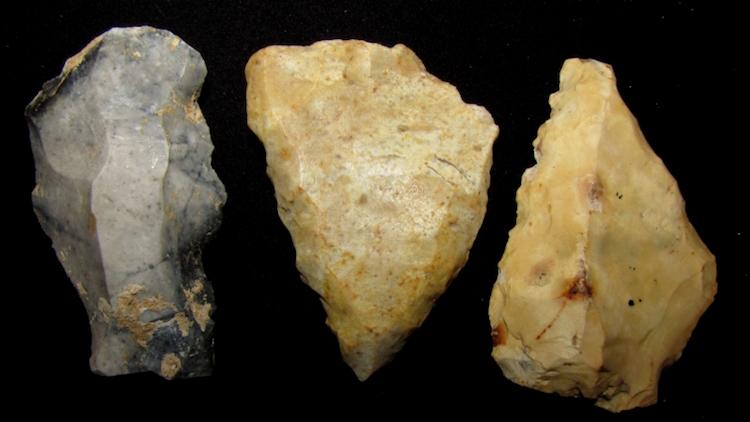 Fransa'da bulunan Mousterian taş aletler.