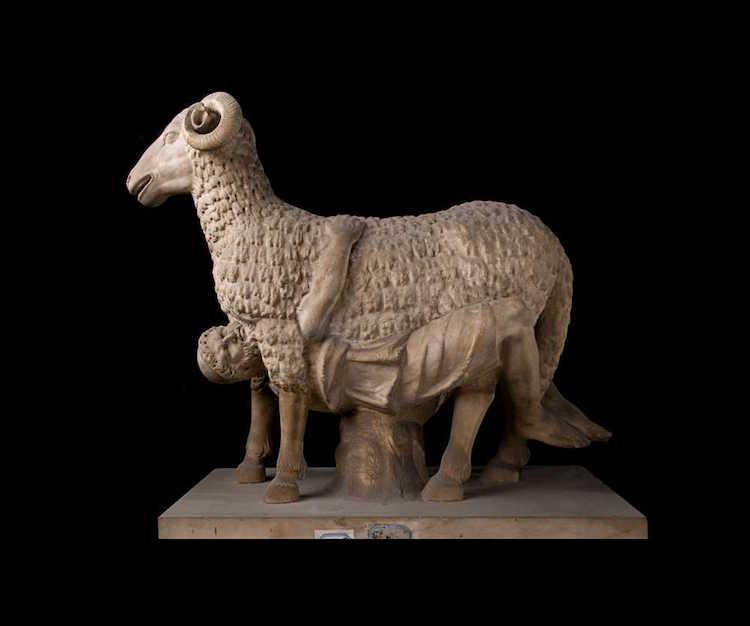 Albani koleksiyonundan Torlonia tarafından satınalınan bir çalışma. Odysseus'un Polyphemus'un mağarasından kaçışını anlatan heykel.