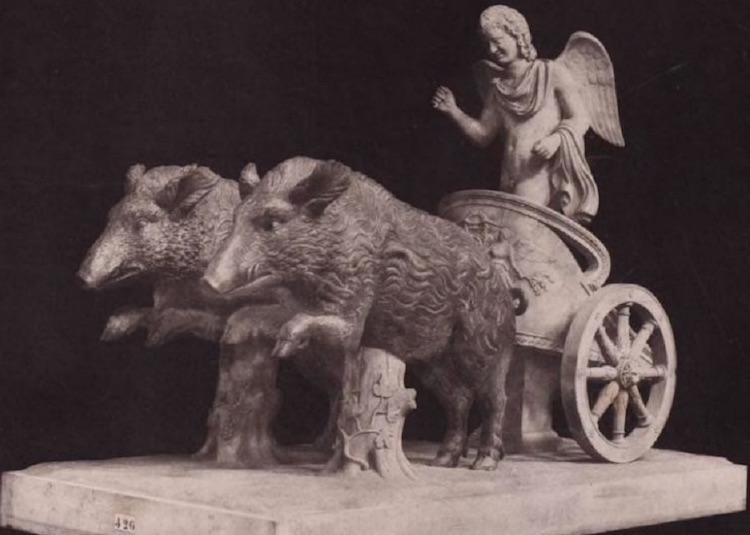 Roma mitolojisinde Aşk Tanrısı olan Eros'un vahşi domuzlar tarafından çekilen arabası.
