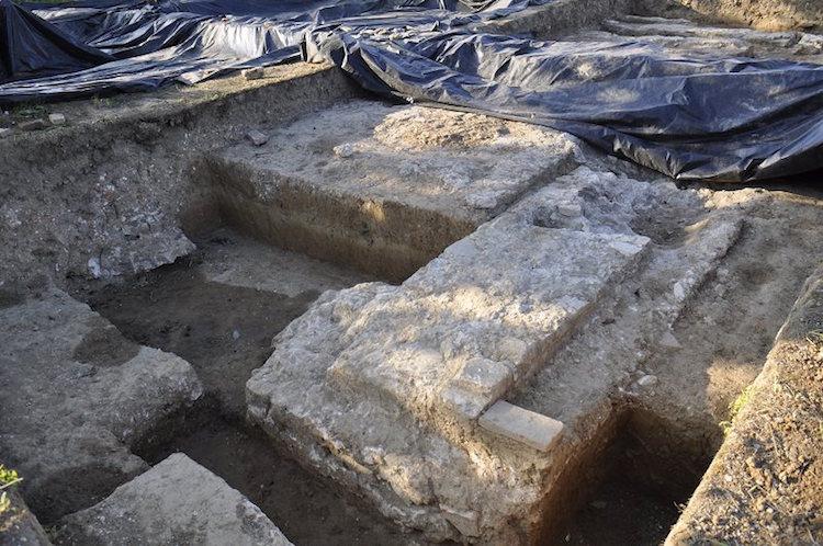 Kanuni Sultan Süleyman'nın Zigetvar'daki Mezarı Yanında Cami Bulundu