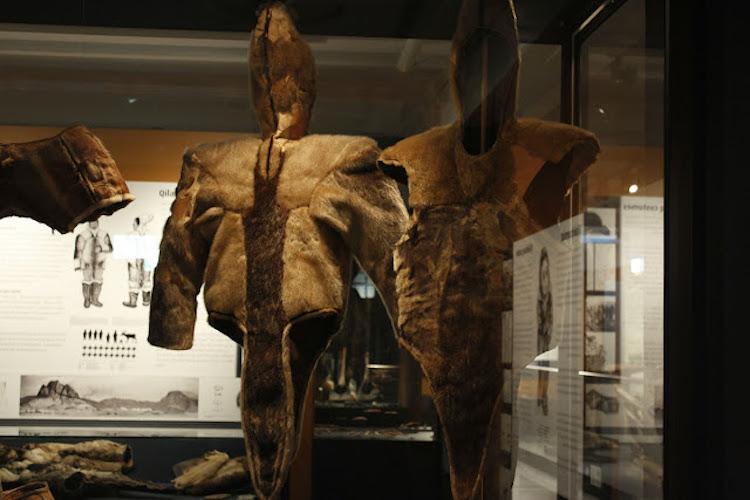 Bilinen En Eski İnuit Kıyafetler Arktik Bir Mezarda Bulundu
